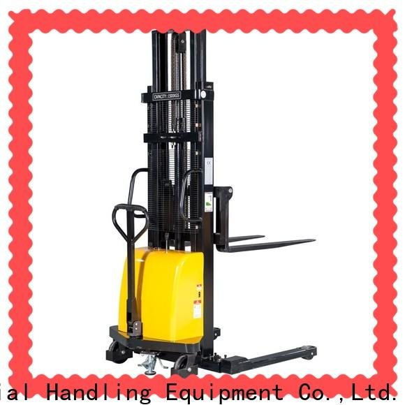 Staxx New straddle pallet jack Supply for rent